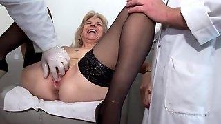 Fabienne & Steffy Butt Sex Gyno Doctor