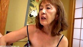 Asian milf Asano Taeko masturbates using her dildo and a dirty mind