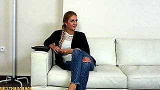 Wet pussy Jessica Hunter gets banged like never before by a stranger
