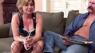 Rough fucking between a horny dude and anal loving Kristina Vrga