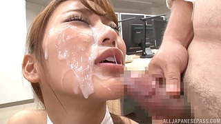 Big facial for slutty Japanese at the office